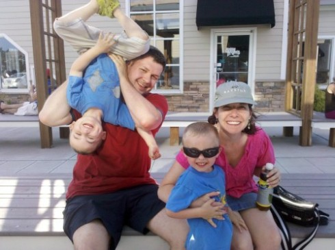 Caryn's family at the beach