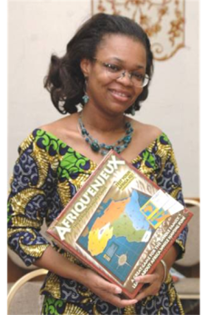 Paulette Mpouma holding her African Memory Game